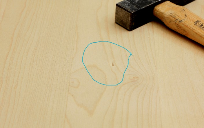 trucs et astuces de robert 17 supprimer une marque de marteau le blog du bois. Black Bedroom Furniture Sets. Home Design Ideas