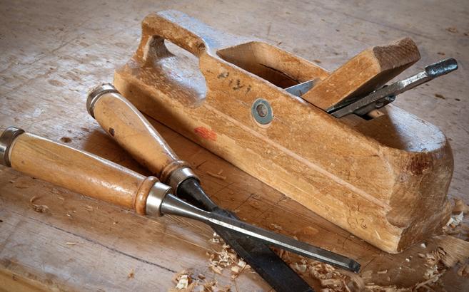 trucs et astuces de robert 33 raboter en bois de bout le blog du bois. Black Bedroom Furniture Sets. Home Design Ideas
