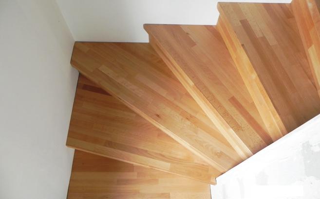 escalier quart tournant en h tre about le blog du bois. Black Bedroom Furniture Sets. Home Design Ideas
