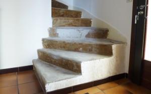 Préparation de l'escalier en béton