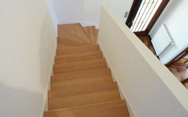 r nover un escalier en b ton le blog du bois. Black Bedroom Furniture Sets. Home Design Ideas