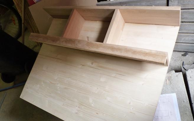 Cr er son propre meuble en bois avec for Assemblage meuble bois