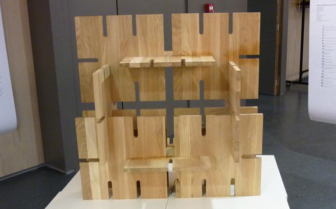 Face étagère bois massif totem à monter