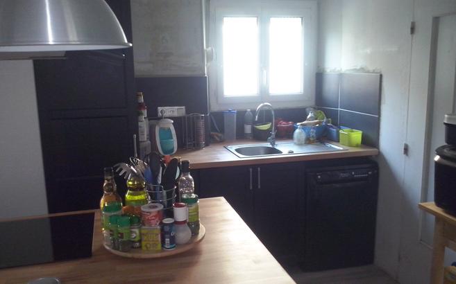 cuisine rénovée - vue d'ensemble