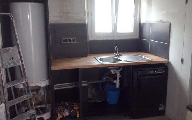 r novation de cuisine avec plans de travail en h tre massif le blog du bois. Black Bedroom Furniture Sets. Home Design Ideas